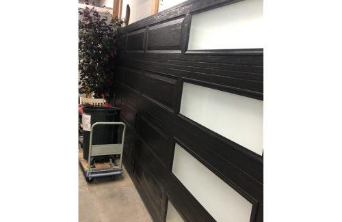 garage door display